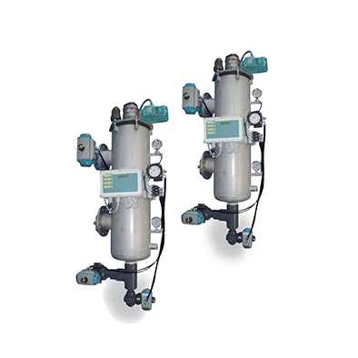 Self-cleaning backwash filters